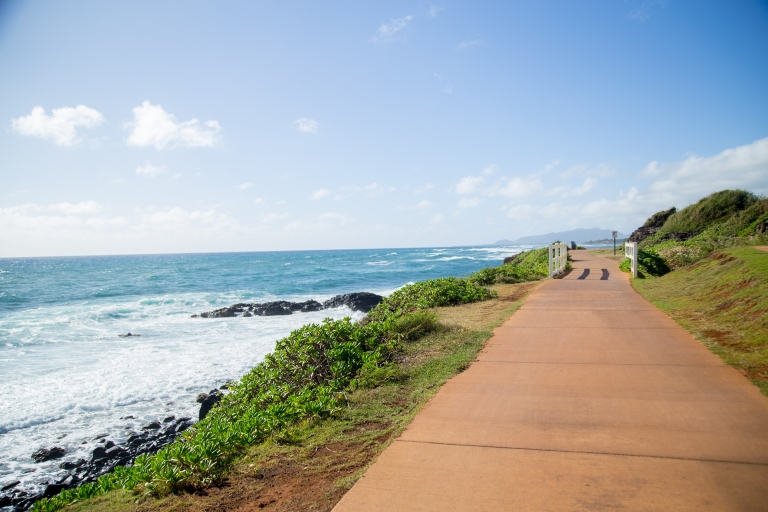 The bike path runs from Kapaa town to Anahola and is very nice and kept up.